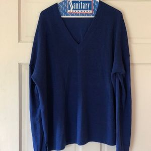 Jcrew v-neck sweater, size XL